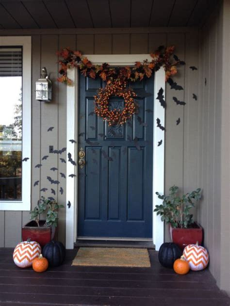 front door decor ideas 40 cool halloween front door decor ideas digsdigs