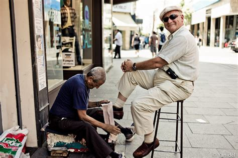 shoe shiner shoeshiner
