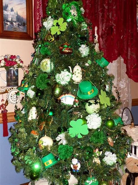 st patrick s day tree decor st patrick s day pinterest