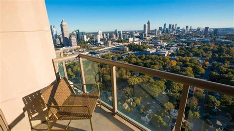 Apartment In Atlanta 600 Is Atlantic Station S Tallest Tower Getting Lost In Rental