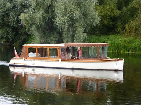 river thames boat brokers the river thames guide boats for sale boat brokers