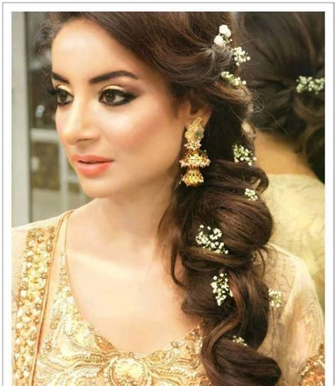 hairstyles for indian curly frizzy hair 10 best indian wedding hairstyles for curly hair style samba