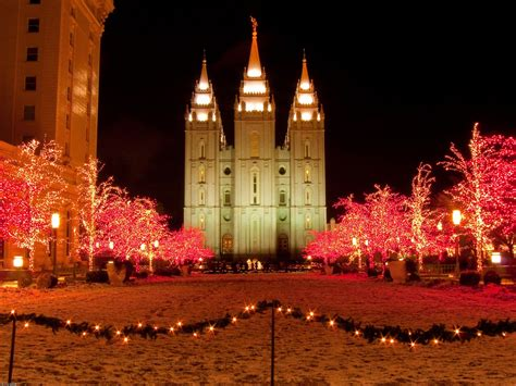 Plan Your Visit To See The Christmas Lights Temple Square Lights Salt Lake City