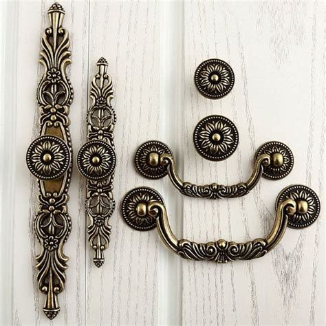 Country Kitchen Cabinet Handles by 61 Best Shabby Country Pull Images On