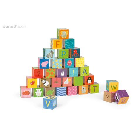 alfabet farris theme html kubkid alphabet 32 cubes de janod jouets d activit 233 s aubert