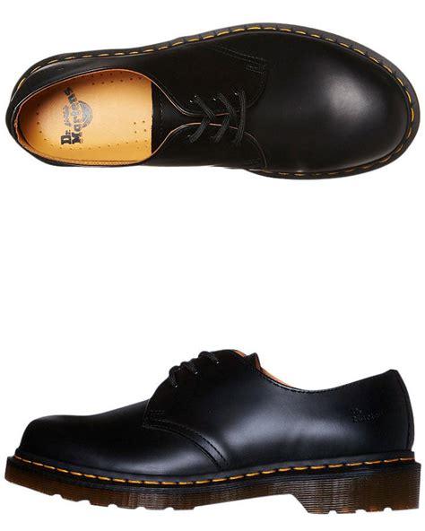 dr martens mens 1461 3 eye shoe black surfstitch