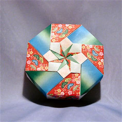 origami octagon box origami maniacs origami octagon flowery box by tomoko fuse