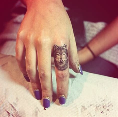 finger tattoo artist uk girl tattoos and designs page 21