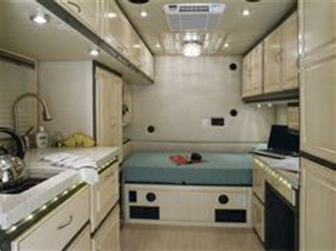Do 18 Wheelers Bathrooms by 1000 Images About Bigrig On Custom Big Rigs
