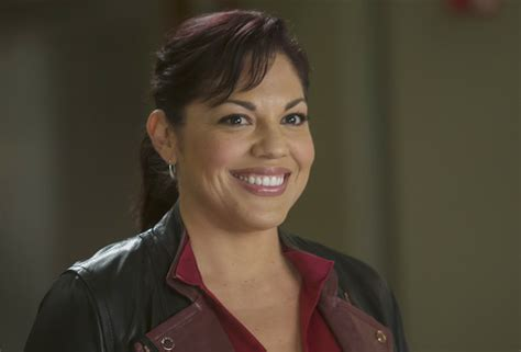 grey s anatomy callie actress sara ramirez leaving grey s anatomy callie leaves ahead