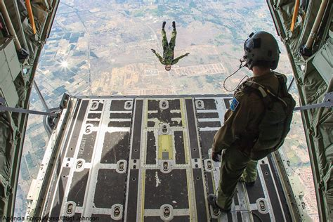Jump Cc the aviationist 187 that s what jumping from the cargo door of the c 130 hercules looks like
