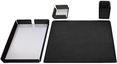 set per scrivania scegliere un set da scrivania di piquadro vari oggetti