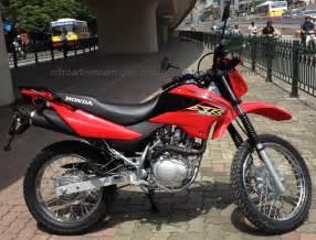 Honda 150cc Dirt Bike Honda Honda Xr125 150 150cc Hire In Hanoi Offroad