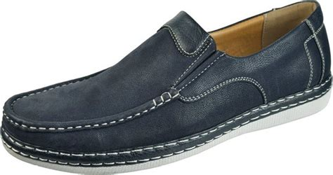 casual shoes for guideline for the right casual occasion
