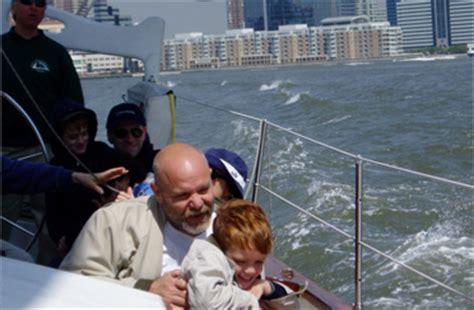 family boat ride nyc nyc family friendly boat rides family fun activities