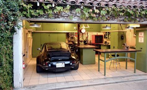 Which Garage by A Den Out Of A Garage