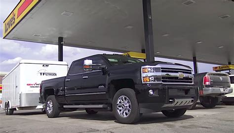 2018 Chevy Silverado Duramax 2018 Chevy Silverado Hd Duramax Towing Mpg The Fast