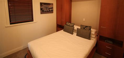 apartments with 3 bedrooms and 2 bathrooms 3 bedroom 2 bathroom loft apartment latitude 37 serviced