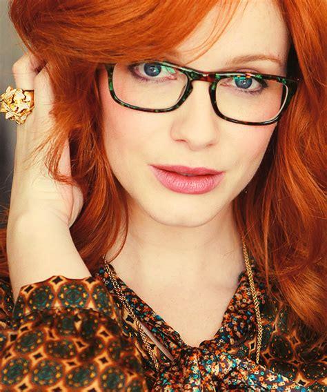 christina hendricks rings christina hendricks wearing glasses is hot pinterest