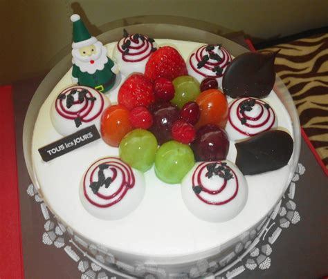 Awesome Pictures Of Christmas Cakes #7: Tous-les-tours-christmas-cake-3.jpg