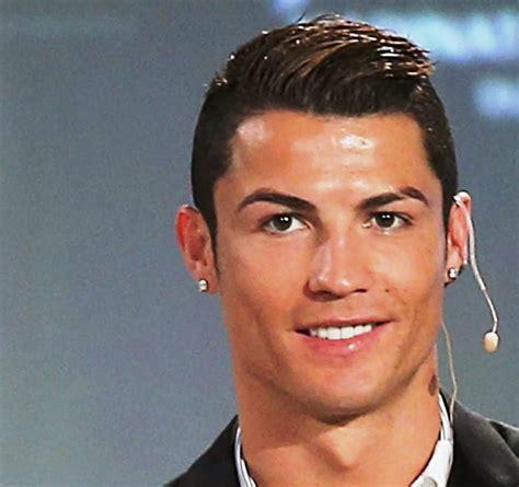Model Rambut Cr7 by Gaya Foto Ronaldo Cr7 18 Gambar Gaya Rambut Ronaldo Paling