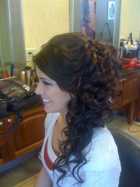 Curly Hairstyles To The Side For Wedding by 30 Curly Wedding Hairstyles Hairstyles 2016 2017