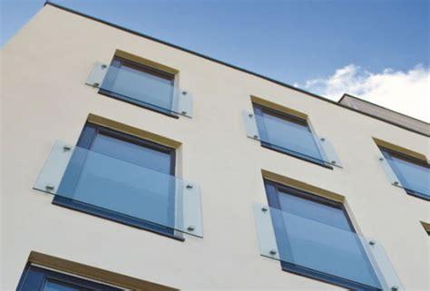 französischer balkon glas franz 246 sischer balkon aus edelstahl glas geschwinde