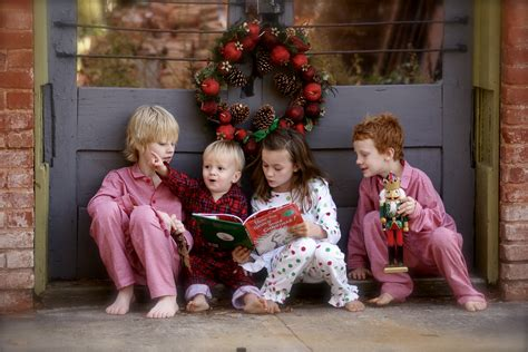 file children reading the grinch jpg wikipedia