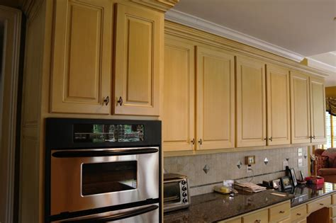 kitchen cabinets resurface resurfacing kitchen cabinets before and after