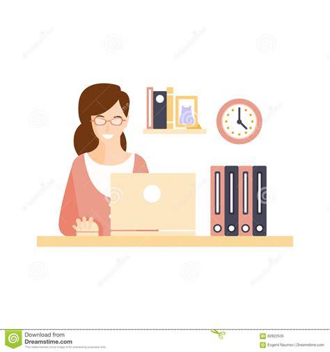 femme de m駭age bureau employ 233 de bureau de sourire heureux de femme dans le