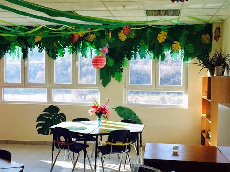 classroom theme decor the charming classroom island jungle theme