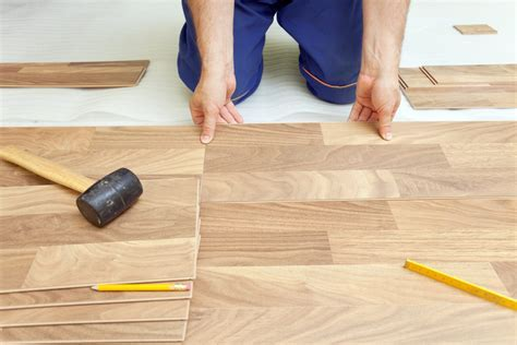 The Best Way to Cut Laminate Flooring (with Pictures)   eHow