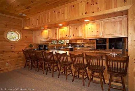 8 bedroom cabins in gatlinburg tn gatlinburg cabin eight is enough 8 bedroom sleeps 28