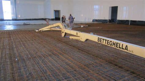 pavimenti industriali al quarzo foto lavoro pavimento industriale in calcestruzzo per