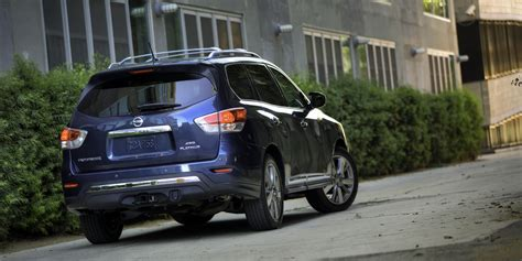 buy nissan pathfinder 2014 nissan pathfinder review consumer guide auto