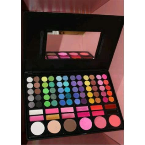 Eyeshadow Murah jual make up pallete murah saubhaya makeup