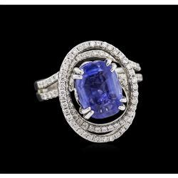Blue Sapphire 7 72ct 4 72ct blue sapphire and ring 18kt white gold