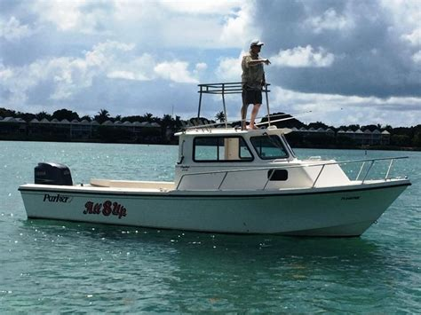 Saltwater Fishing Boats With Cabin by 1996 Used 2520 Xld Sport Cabin Saltwater Fishing