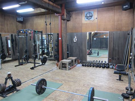 Garage Crossfit by 1000 Images About Weight Room On Hex