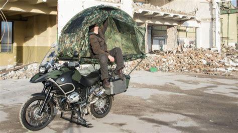 Kann Man Motorrad Online Abmelden by Mobed Zelten Auf Dem Motorrad Autorevue At