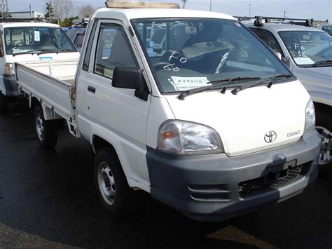 Town Toyota Used 2003 Toyota Town Ace Photos 2200cc Diesel Manual