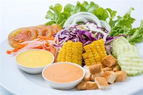 membuat salad buah tanpa mayonaise pilih pilih salad sehat agar program diet tidak gagal