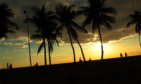 places  visit  manila  enjoy   summer