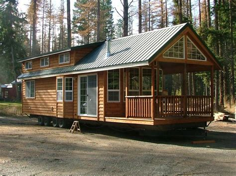 Small Cabin Appliances by Big Size Cabin With Size Appliances With Porch
