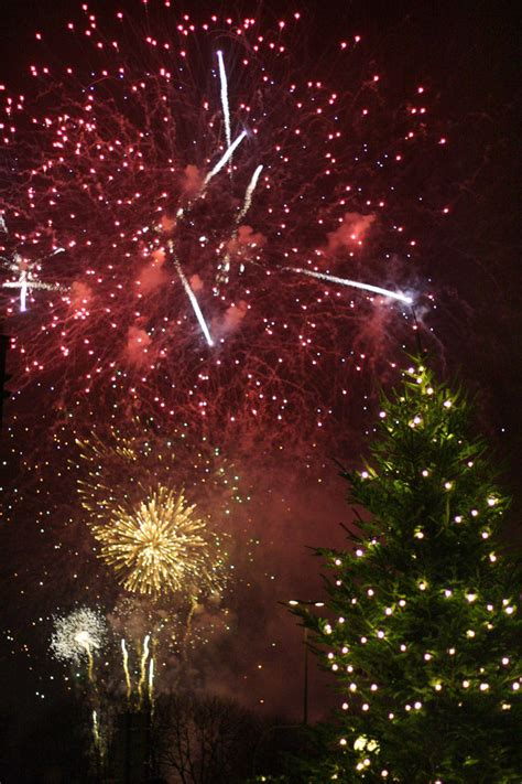 christmas tree and fireworks by stonystoneisstoned2 on