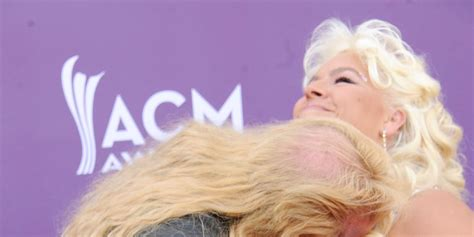 the bounty now the bounty gets amorous with at the acm awards 2013