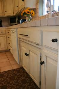 Kitchen Cabinet Chalk Paint Chalk Paint On Kitchen Cabinets