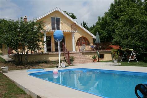 pool haus mit bad zonnehuis mit pool und wifi ferienhaus in sukoro velence