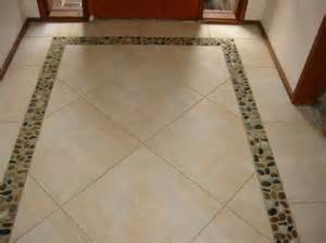 Galerry design ideas for tiling a small bathroom