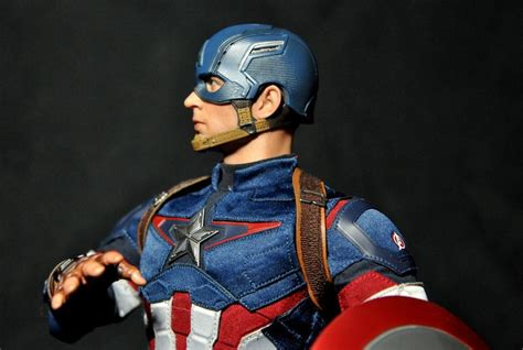 Toys Captain America Harness toys captain america age of ultron review